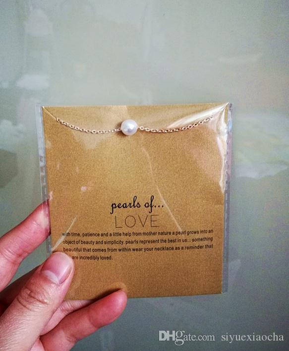 Con tarjeta! Pequeño regalo lindo dogeared collar con perla (perlas de amor), no se desvanecen, envío gratis y alta calidad.