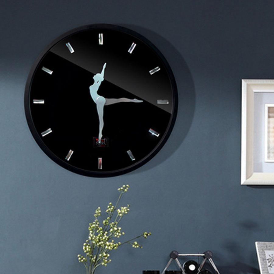 Design Moderne Décoratif De Danse Horloge Murale Ballet filles chambre nordique bref Horloges Métal Cadre Mur montre Décor À La Maison silencieux horloges