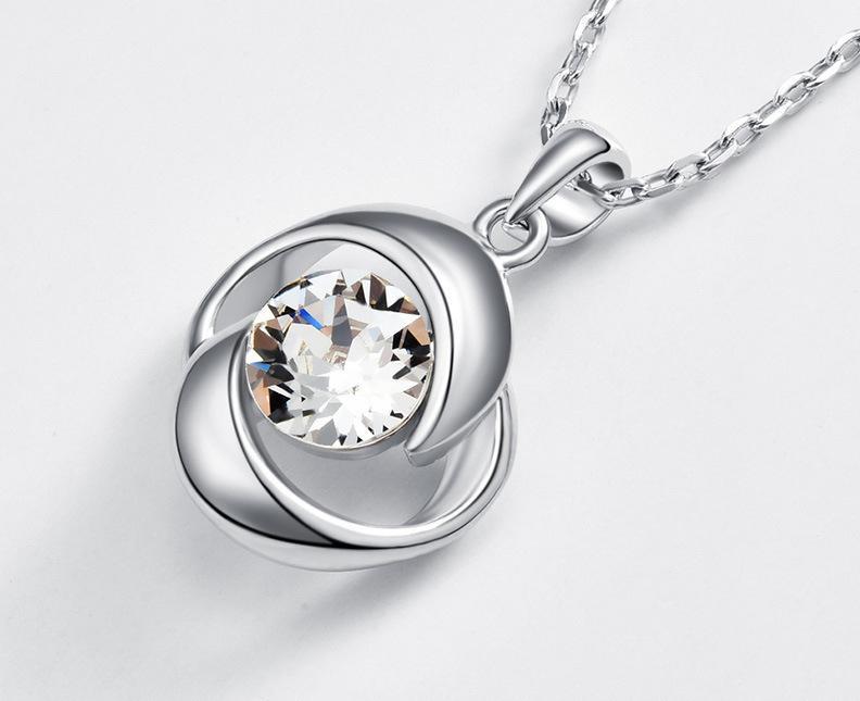 Fashion-S925 argento intarsiato Swarovski collana modello geometrico in Europa e in America