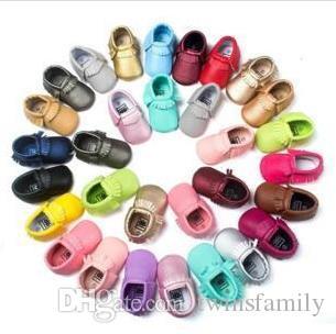 أطفال الأخفاف حذاء طفل وحيد لينة BOWKNOT أحذية جلدية PU الأولى ووكر الوليد ماتي الملمس الشرابة أحذية أطفال أحذية اللون الصلبة C184