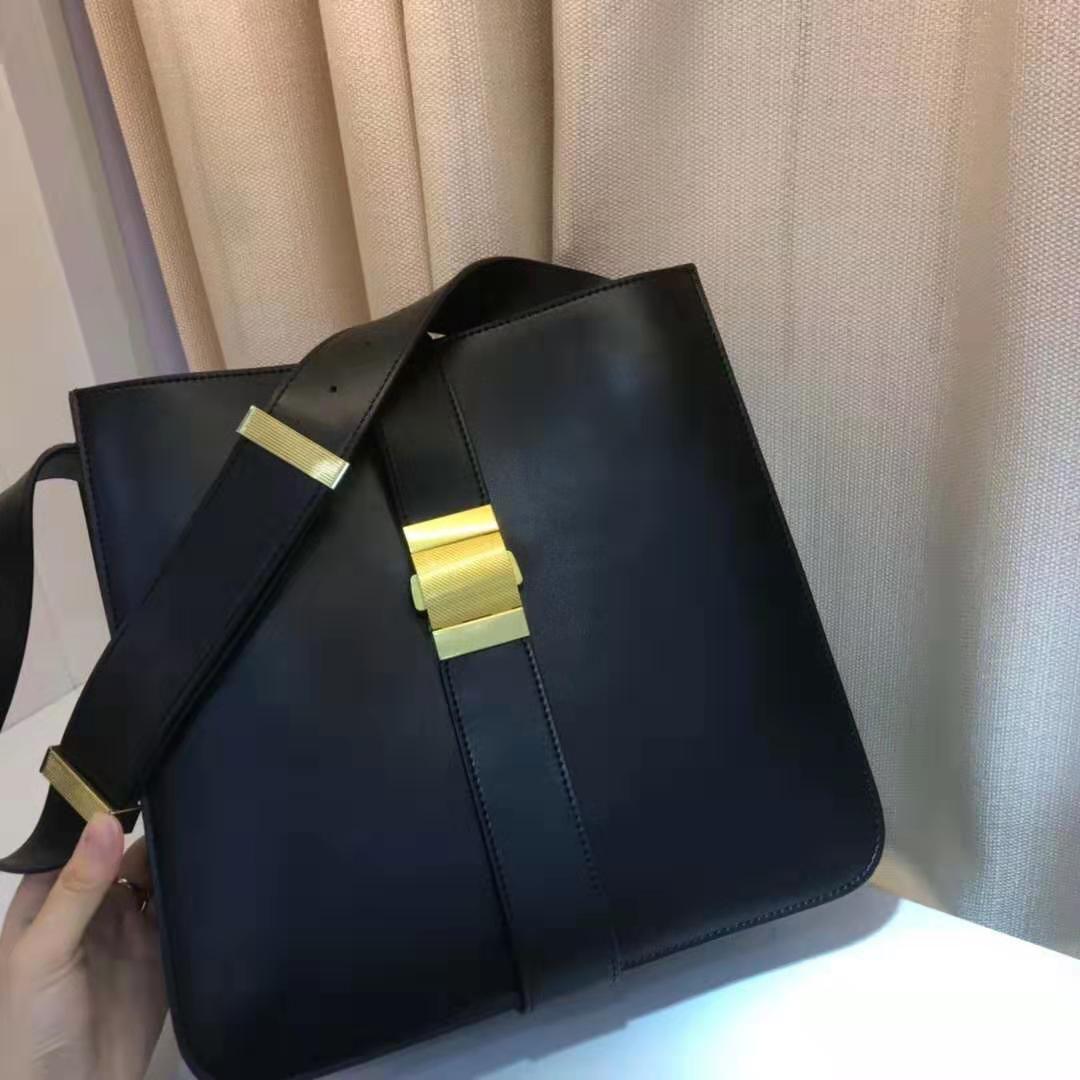 True leather lady bag, simple hand-held commuter bag, large capacity single shoulder bag, lady inclined bag Tote Bag