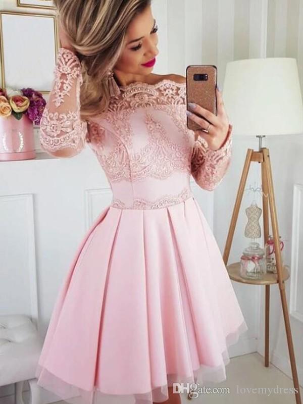 Классический с открытыми плечами и длинными рукавами Розовые платья для выпускного вечера Кружевное драпированное А-силуэт короткое платье выпускного вечера Выпускные Элегантные платья подружки невесты