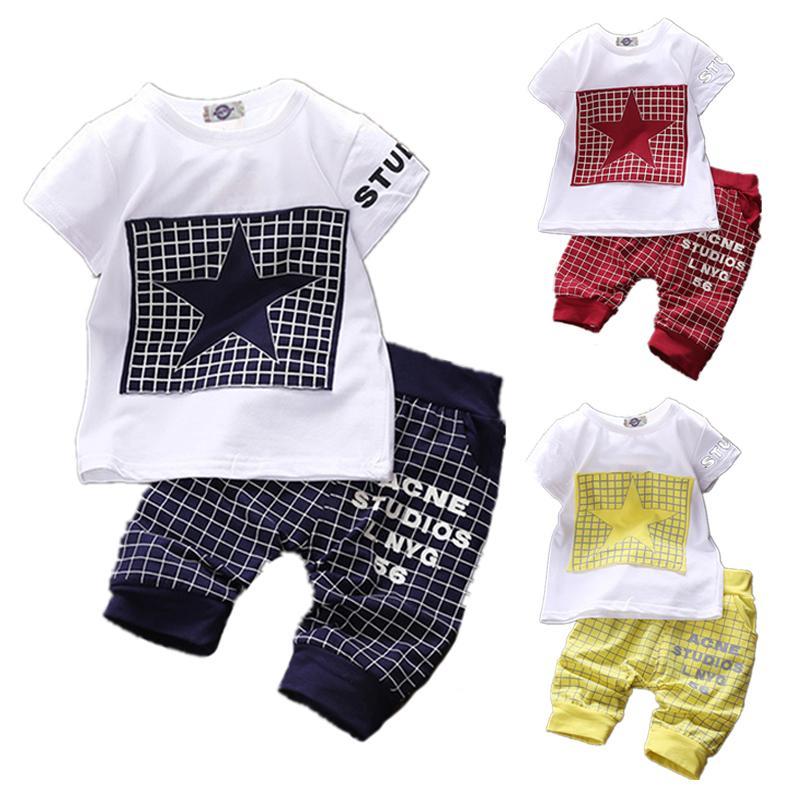 2020 Summer unisexe Vêtements pour bébé Ensembles coton à manches courtes Tenues pour enfants Les bébés Star T-shirt + pantalon à carreaux Vêtements pour bébé garçon