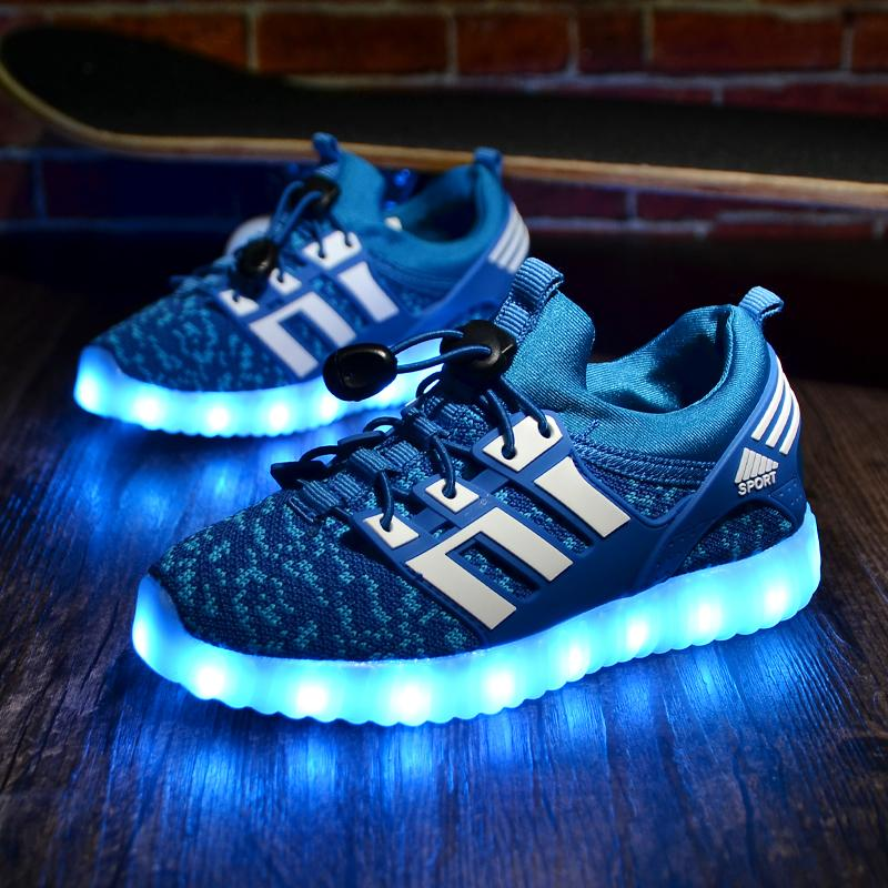2019 New Kids Usb Luminous Sneakers Glowing Children Lights Up Shoes With Led Slippers Girls Illuminated Krasovki Footwear Boys Y19051303