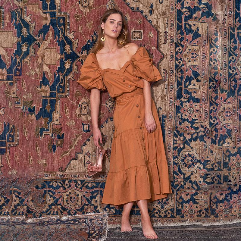 Sleeve V-Ausschnitt-Kleid-Sommer Sexy Retro orange Taille Knopf Famale beiläufige Normallack-Kleid-Frauen Laterne