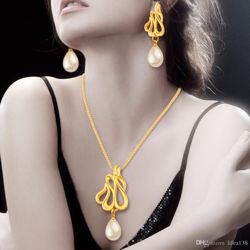 Heißer Verkauf Nahen Osten Brautschmuck Set 18 Karat Gold Strass Perle Luxus Halskette Ohrringe Für Hochzeit
