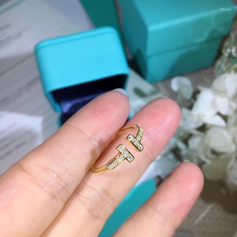 diseñador famoso anillos dorados Anillos con las mujeres de apertura con diamantes incrustados banquete del partido del regalo de la joyería de lujo de plata 925