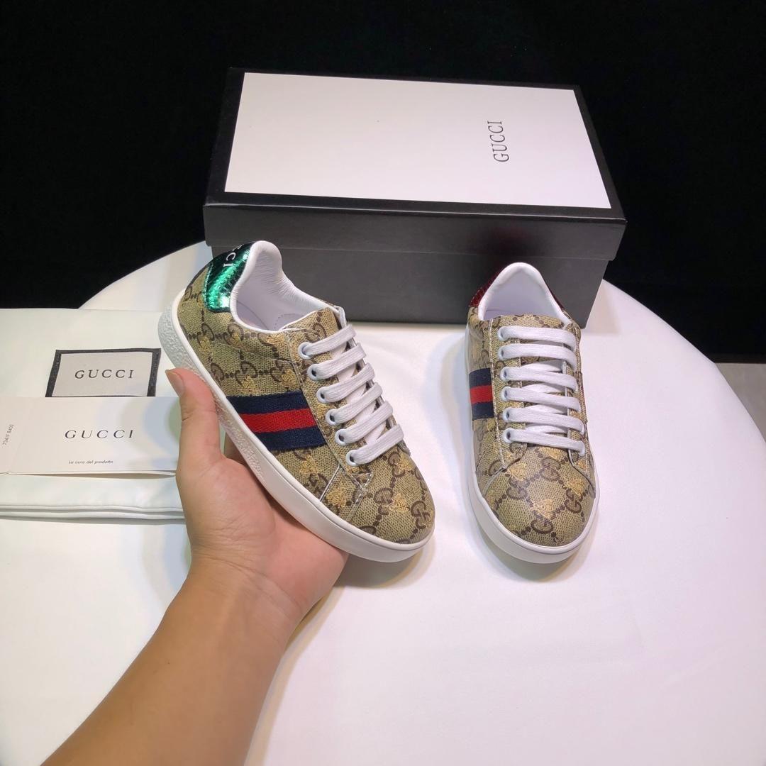 أطفال مصمم الأزياء والأحذية العلامة التجارية أحذية رسالة الطباعة أزياء للأطفال بنين بنات للجنسين فاخر حذاء عرضي حذاء جديد 2020