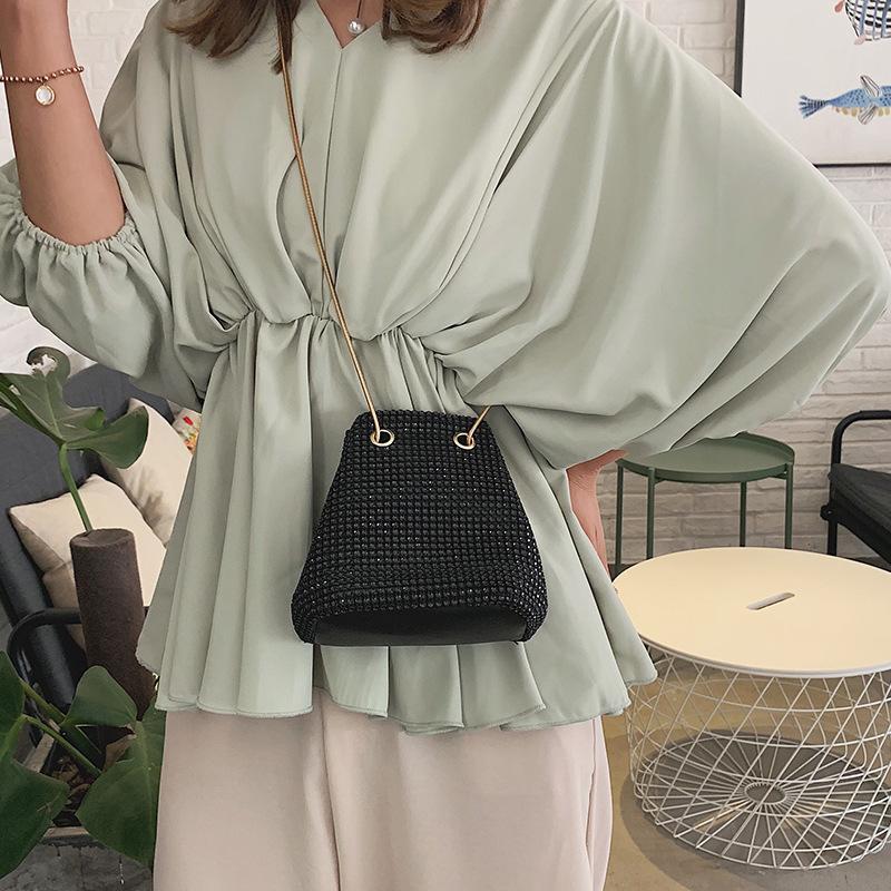 2020 Yeni Omuz Çantası Bayanlar Akşam Flaş Elmas Kepçe Küçük Yılan Zinciri Günlük Moda Lüks Messenger Çanta Bayanlar