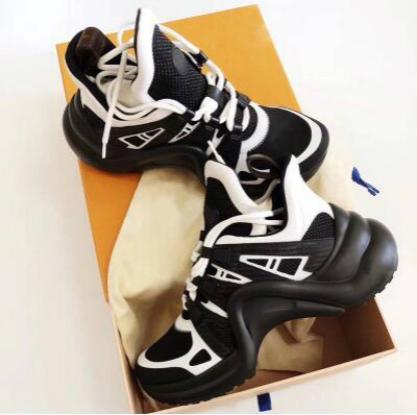 2019 Moda Calzado aumento de altura de pista Archlight zapatillas de deporte de la mujer gruesa de la plataforma enredaderas casual femenino Pisos Tenis Feminino 37