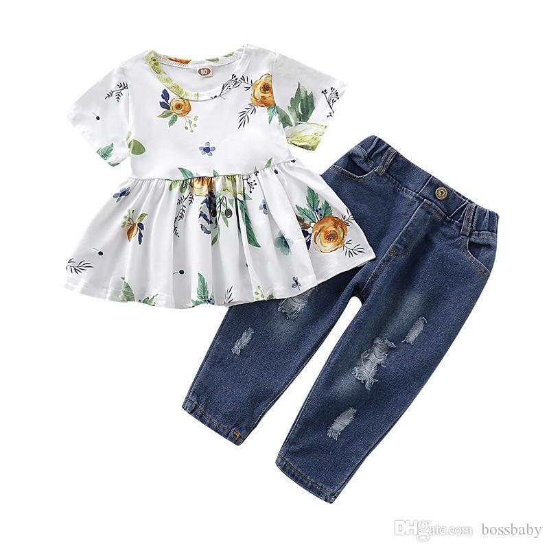Neonata denim Set Ragazza infantile manica corta Ruffle parti superiori floreali infantile del bambino di svago della ragazza vestiti delle ragazze di tasca di colore solido jeans strappati