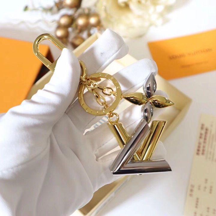 2020 Newest Luxury Keychain Key Chain Key Brands keychains Porte Clef Gift Men Women Souvenirs Car Bag Keychains with box adi-19A