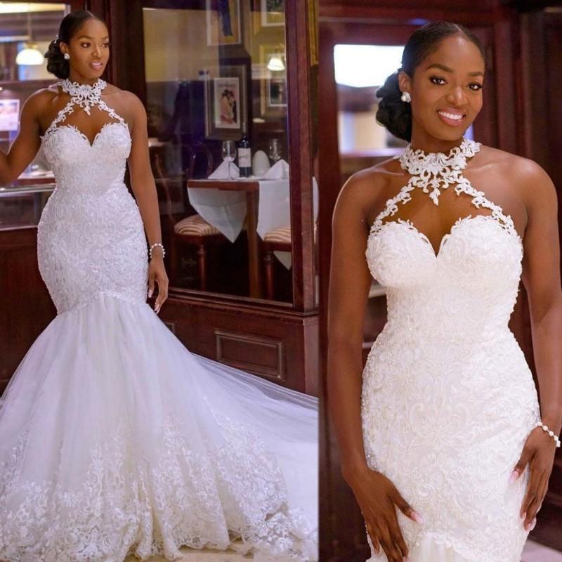 2020 Tallas grandes Sirena Vestidos de novia Sin mangas Sheer Cuello Robe de Mariee Apliques Lace Backless Bridal Vestido Sexy Negra Girls