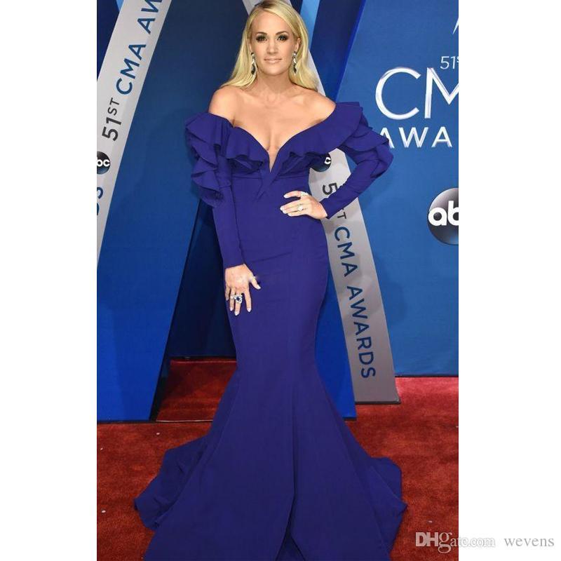 Robes De Soirée Sexy Bleu Royal De L'épaule Manches Longues Volants Robes De Bal Balayage Train Robe De Mariee