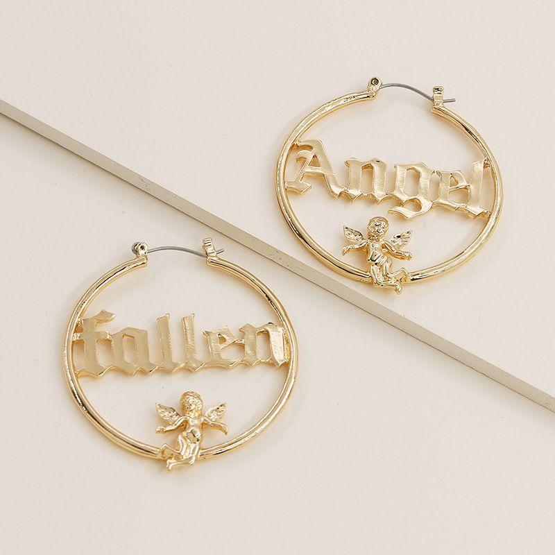 2020 neue modische Ins Gold-Fallen Angel Letters Initial-Flügel-Band-Ohrringe koreanische Art und Weise schicke Frauen Partei Schmuck