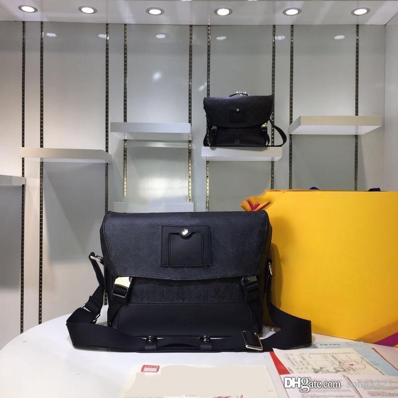 40Postman Bag 510511 Classic College Style 40 El material es muy cómodo Doble hebilla Diseño Ajustable Straps Ajustable Hombro