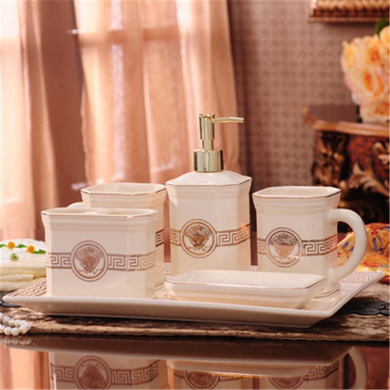 2020 lussuoso bagno in ceramica eleganti accessori 5/6 Pezzo set da bagno 1 Sapone bottiglia +1 Portasapone Portaspazzolino +1 +2 Cups