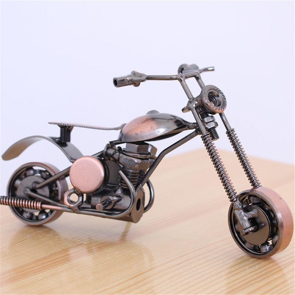 Motosiklet Modeli Kolye Yaratıcı Office Ev Masaüstü Retro Metal Motosiklet Modeli Süsler Craft Araç Dekorasyon Soğuk
