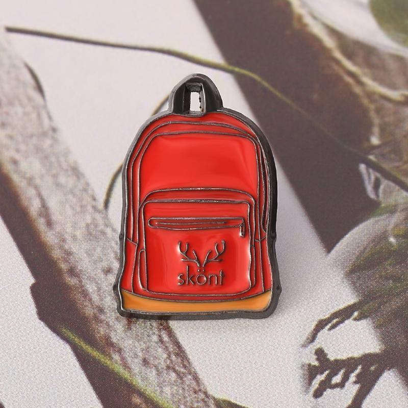 Nova Chegada Antler Red Mochila Escolar Saco esmalte lapela broche moda jóias Brasão Jackets na moda emblema do Pin Presente Para Homens Mulheres