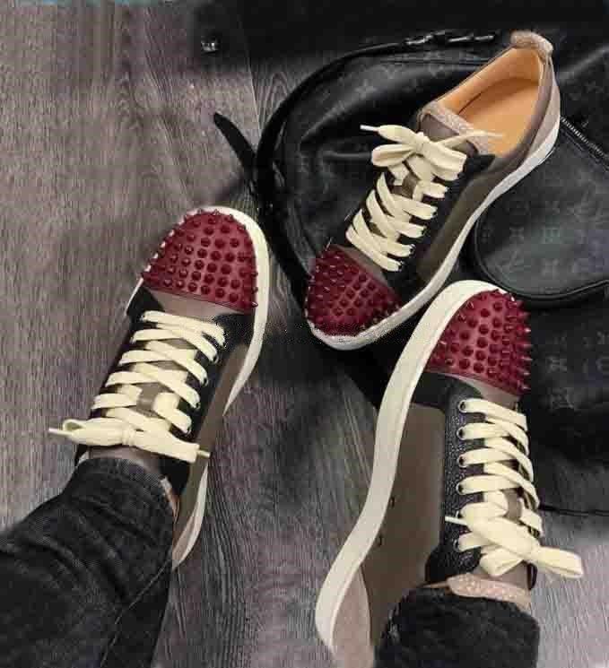 New Super Calidad Nombre de marca zapatos inferiores rojos zapatilla de deporte para hombre, mujer Zapatos junior con pinchos Hombres de Deportes plana monopatín zapato marrón oscuro Lea