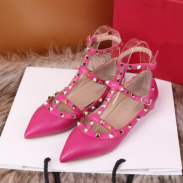 kutu ile Yüksek kaliteli liçi gerçek deri inek derisi moda bayan tasarımcı sandalet Avrupa tarzı ayakkabı düz
