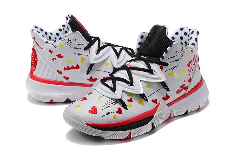 kutusu Ucuz 20. Yıldönümü Irving'in 5s Anneler Spor Spor Ayakkabılar En Çocuklar Kyries I Love You Mom Erkek Basketbol Ayakkabı