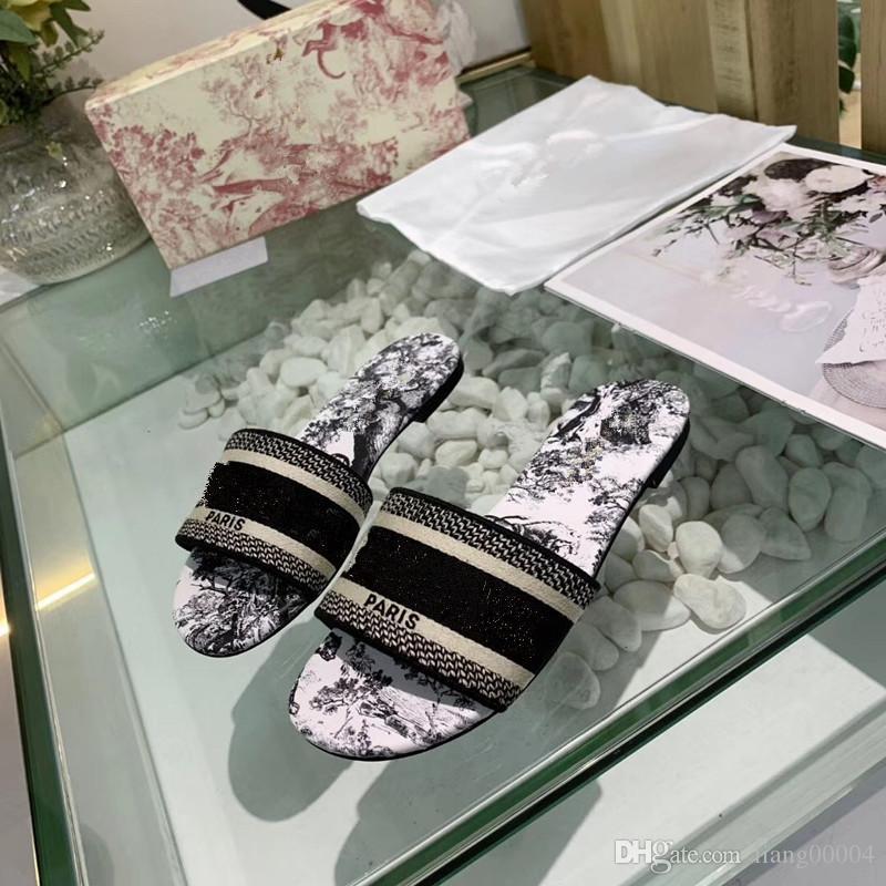 Paris De Luxe Designer assez belle D'été sandales plage Slide pantoufles dames Flip Flops Mocassins Imprimer En Cuir Solide Couleur 35-41 avec an0412