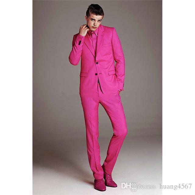 새로운 최신 디자인 두 버튼 핫 핑크 웨딩 신랑 턱시도 노치 옷깃 신랑 맨 남성용 슈트 댄스 파티 블라우스 (자켓 + 바지 + 넥타이) 120