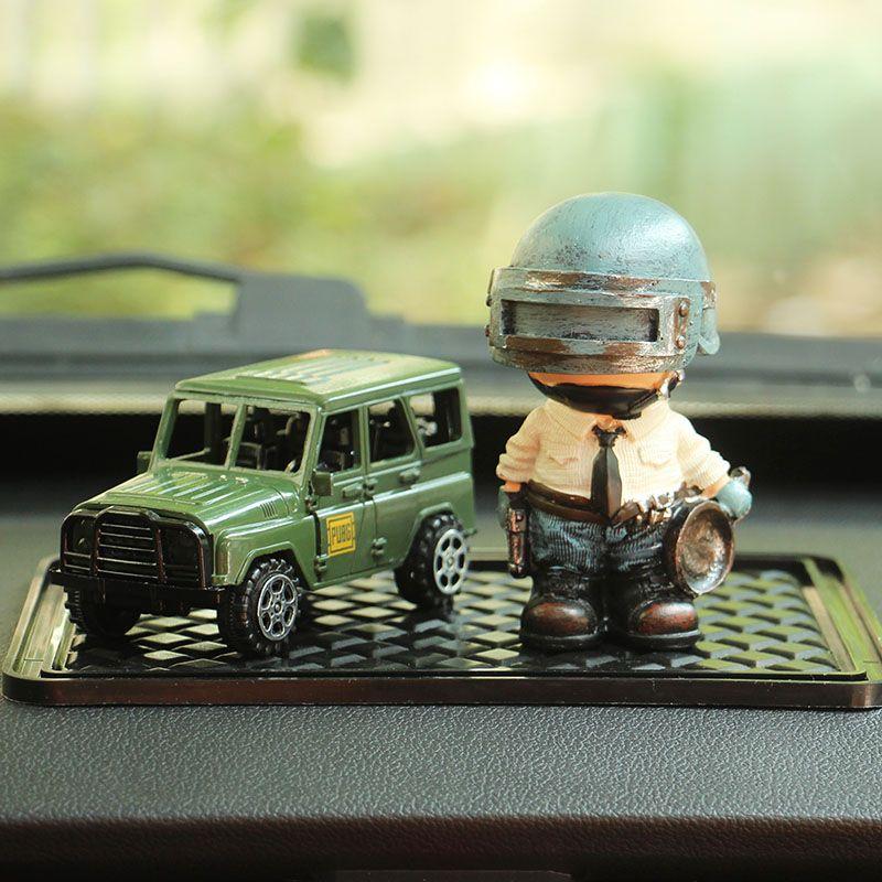 Styling Car Ornamentos jogo PUBG Trucks Modelo Playerunknowns Battlegrounds antiderrapante Decor Modelo boneca Car Conjunto acessórios