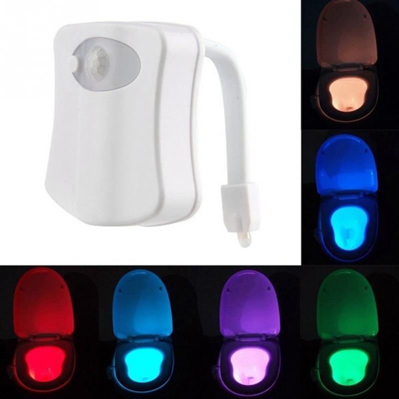 WC Night Light Lamp Lampada Smart Bathroom Movimento umano Attivato PIR 8 Colori Automatic RGB Retroilluminazione per water Bowl Lights