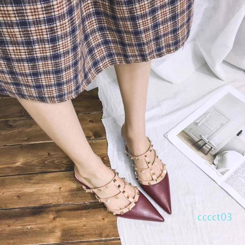 Rivet Тапочки Женщины Мулы высокого качества Sexy Ladies Слайды острым носом обувь Женщины Модельер плоский Тапочки Spring 2019 ct03