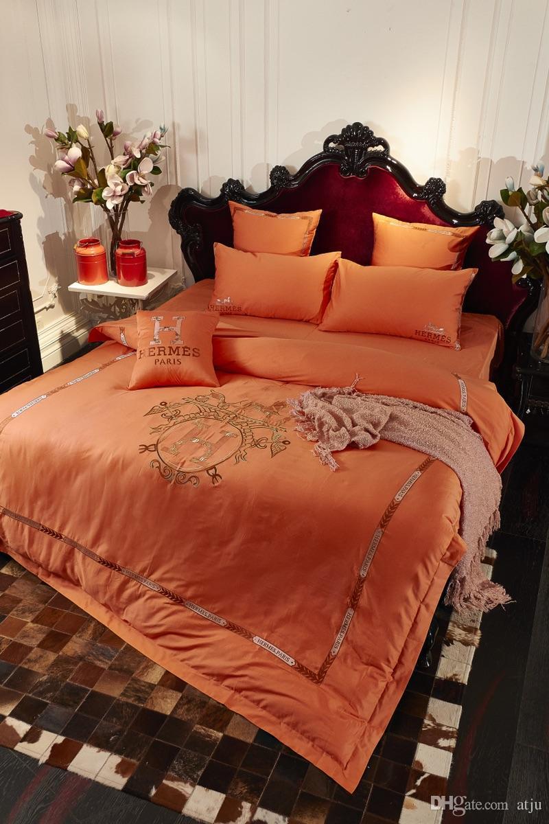 Bordado en caliente 4 UNIDS Juegos de cama de Lujo Diseño Grueso Nuevo Poliéster Colores Sábana de Invierno Queen King Size Funda de Almohada de Invierno Funda Nórdica