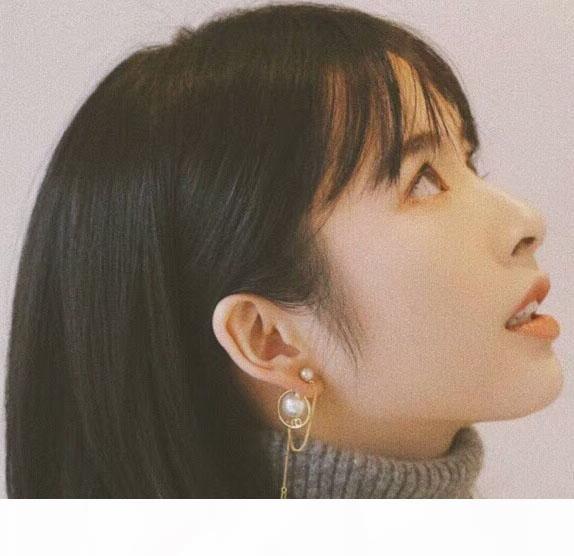 Moda Charme Pérola banhado a ouro Tassel Cadeia Dangle Brinco Studs da orelha para mulheres Lady Jewelry