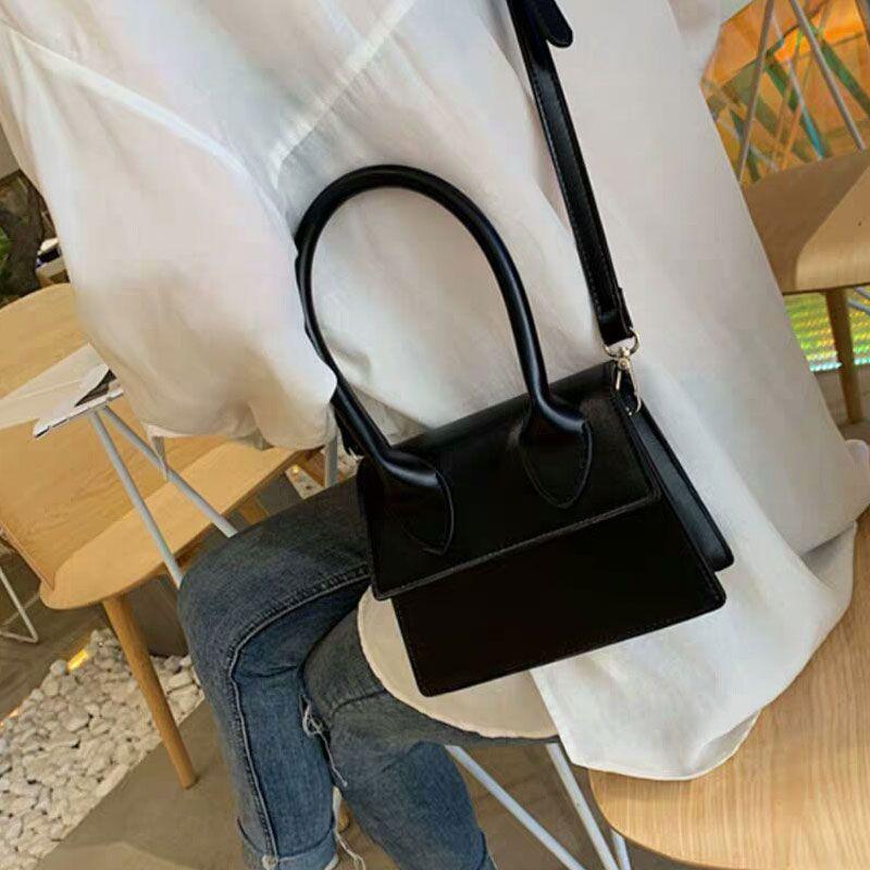 Lady Wallet Femmes Sac bandoulière Mode Lettre uni de haute qualité Deux tailles disponibles Femmes Mini sac Livraison gratuite