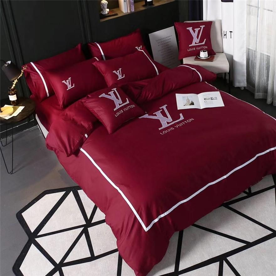 Classic 2-colour Embroidery Bedding Suit Brand Design Top Quality Spring Summer Bed Sheet 4PCS Sets For Men And Women