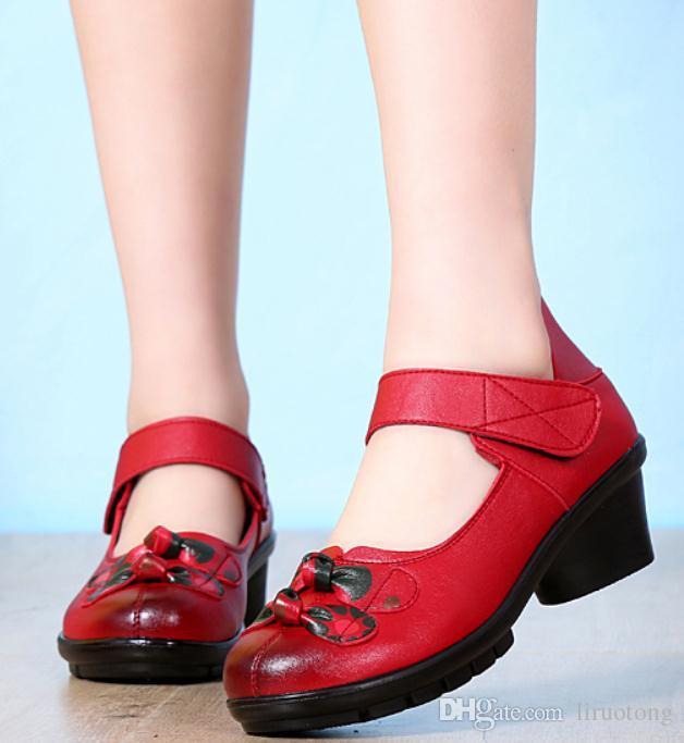 2019 zapatos de mujer en primavera y otoño con nuevo estilo talón grueso zapatos de tacón Medio madre de cabeza redonda @ 5069