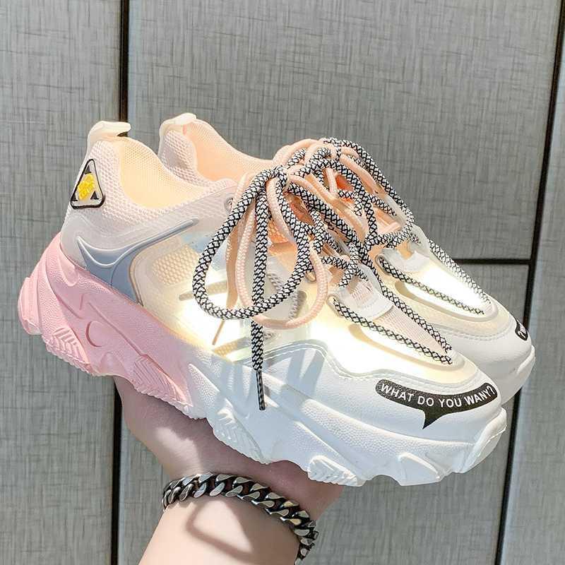Женщины кроссовки вулканизация кроссовок дышащего цвета радуга мода Casuals Рост Увеличение Женская Коренастая Дама обуви 2020
