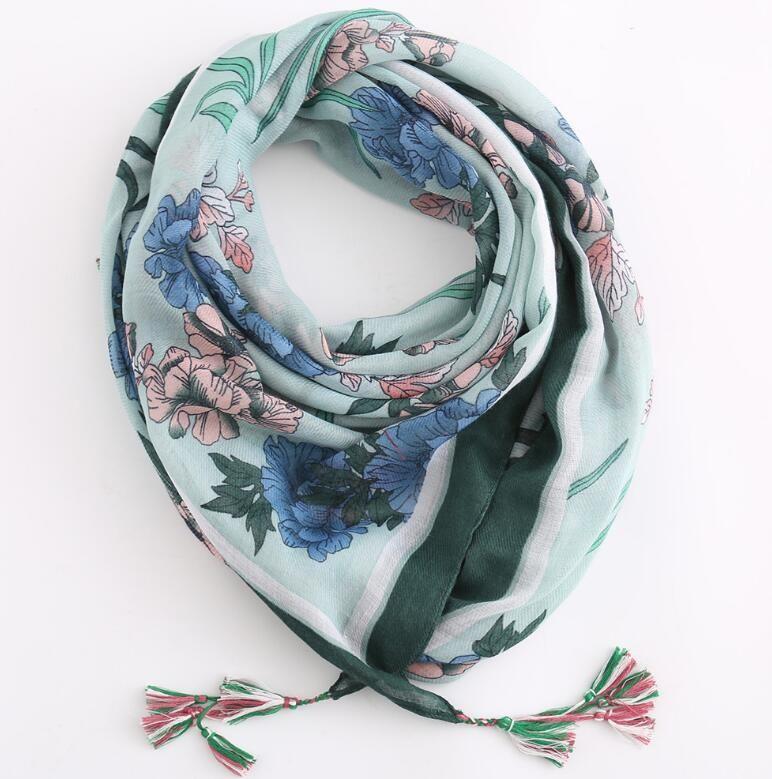 Gros-2019 lumière nouvelle de style européen et américain et mince mode imprimé foulard en lin coton pompon couleur des fleurs