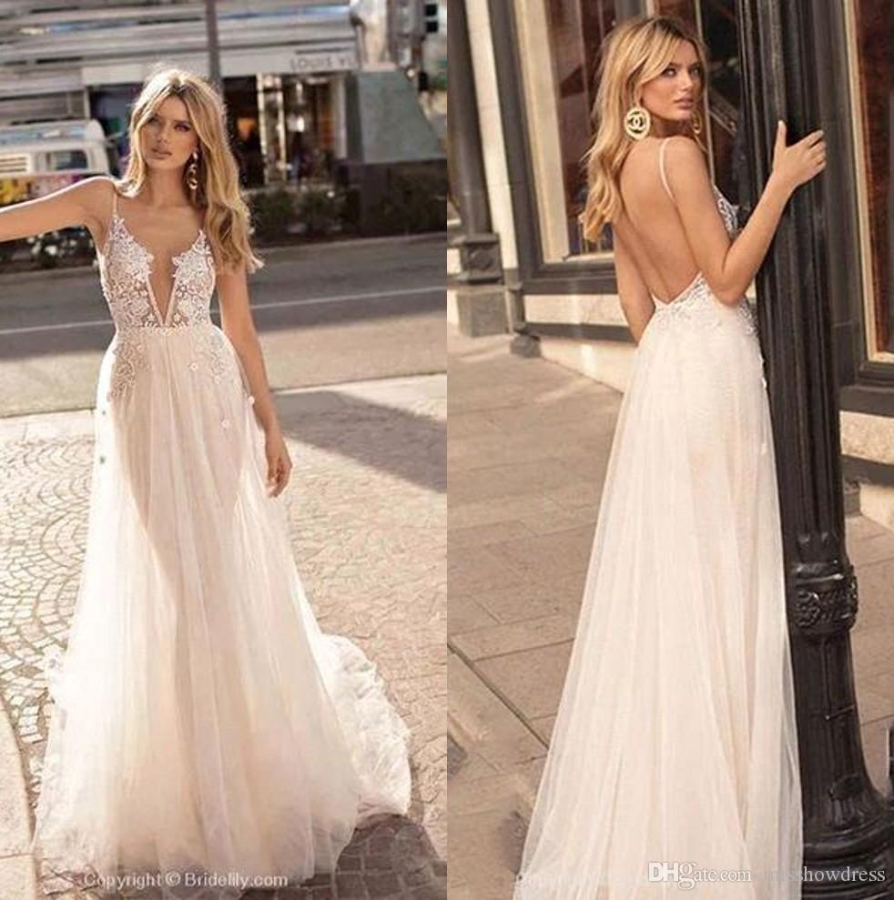 Baratos de Bohemia sin respaldo de playa vestidos de encaje vestido de novia 2020 Apliques cuello en V profundo largo de tul vestido de novia BM1609