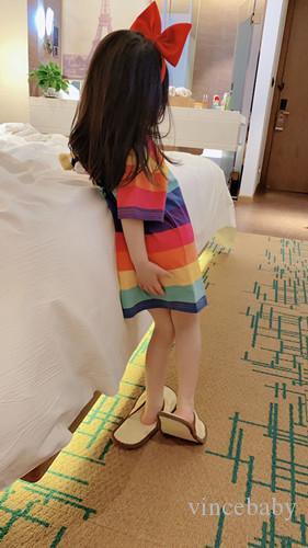 2020 أطفال جديد أزياء العلامة التجارية التي شيرت قوس قزح قوس قزح كوم الشريط التي شيرت للجنسين