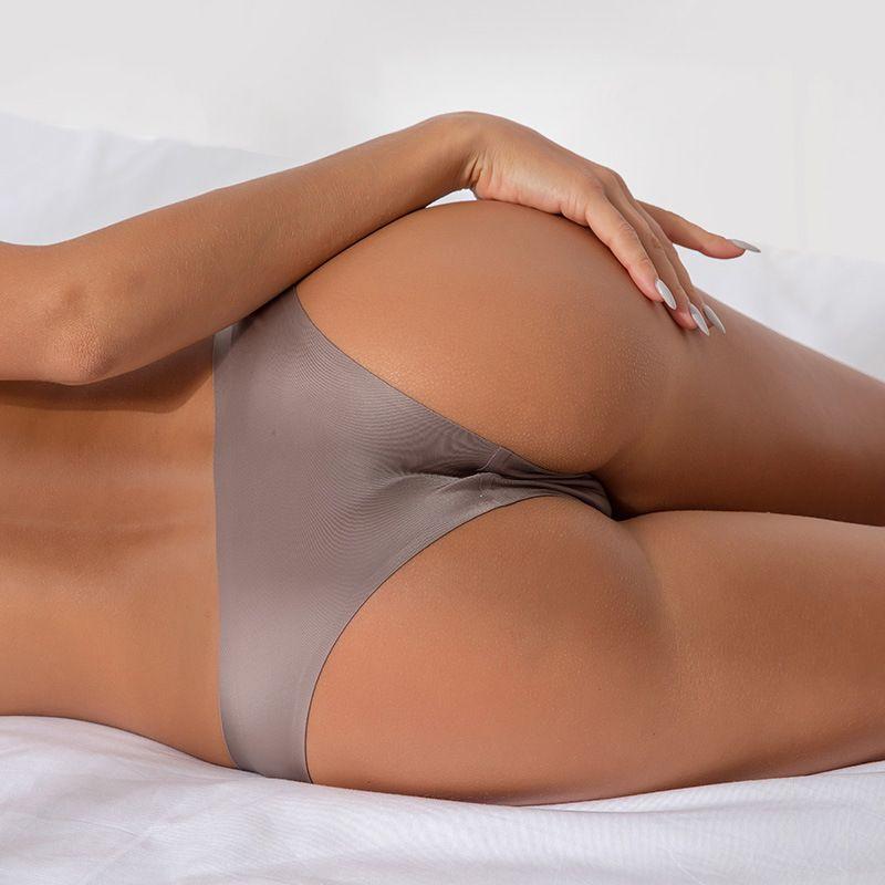 Mulheres sexy sem costura cuecas calcinhas de nylon Ultra-fino G-string Thongs baixo crescimento Lingerie Ice Silk Briefs Lady Underwear Atacado