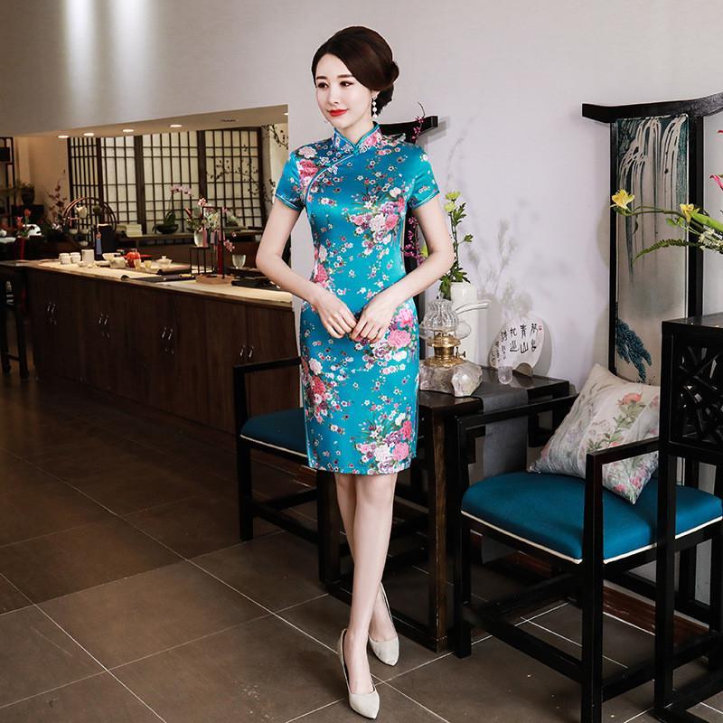 الكلاسيكية الياقة الافندي شيونغسام سيدة الصينية نمط اللباس خمر قصيرة الأكمام المرأة تشيباو شيونغسام الجدة رايون كبيرة الحجم Vestidso