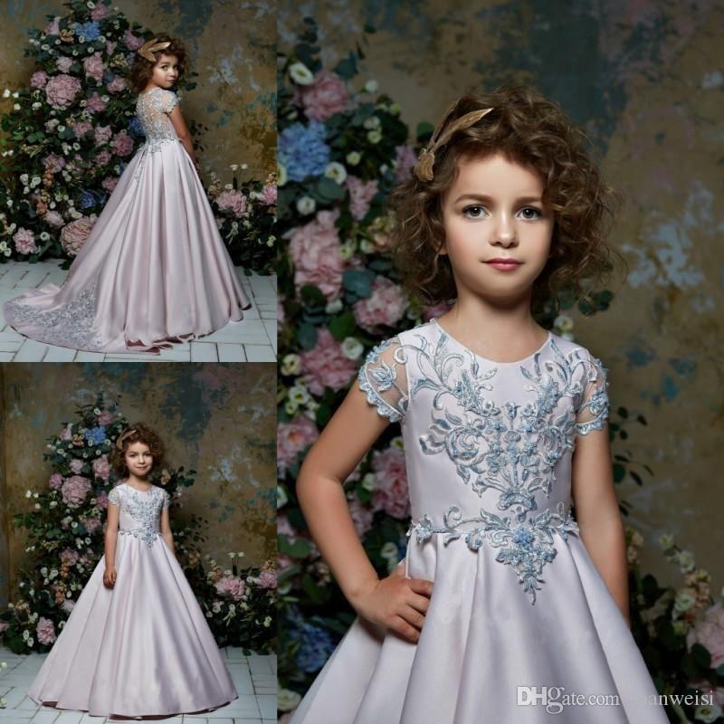 Pentelei 2020 Satin Flower Girl Dresses For Beach Weddings Lace Appliqued Little Kids Baby Gowns Cheap Jewel Neck Long Communion Dress