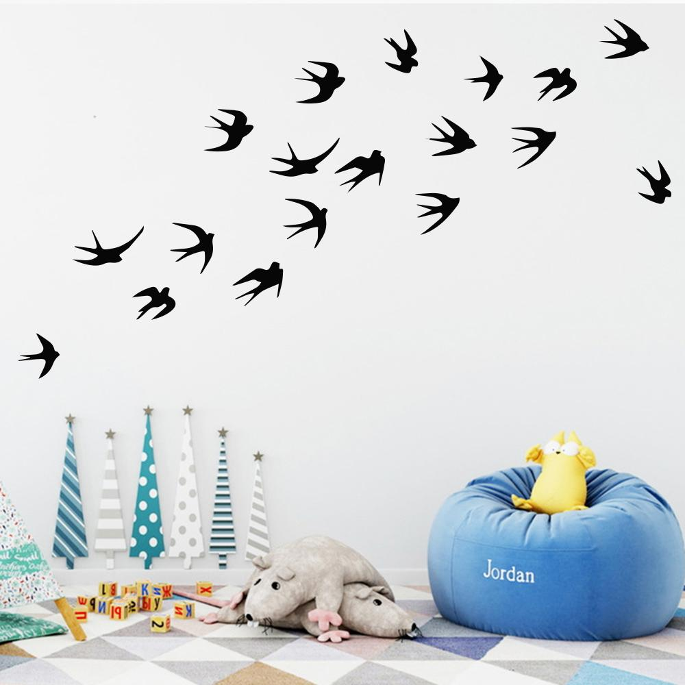 Acquista Di 8cm Fly Bird Vinile Wall Sticker La Decorazione Della Camera Da  Letto Di Casa Murales Adesivi Di Capodanno Su Windows Pvc Animali ...