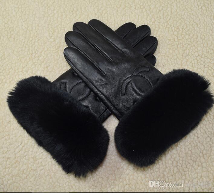 Mulheres do inverno da pele Plush Softs couro genuíno marca de moda elástica Metade coelho dedo quente de pele de carneiro das senhoras unidade Sexy luvas de tela de toque