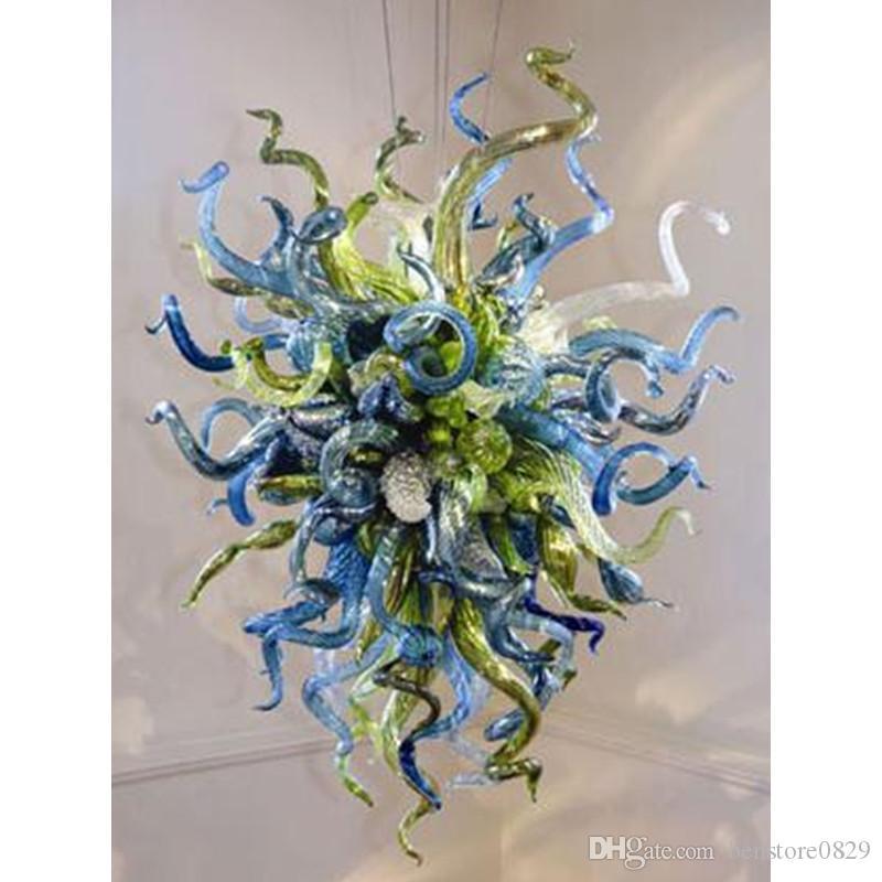 Araña de calidad superior 100% soplado a mano de cristal pequeño barato de la lámpara de lujo Mobiliario de dormitorio único Iluminación Hogar