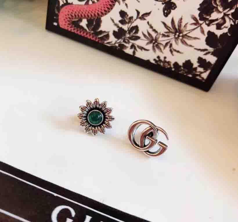 Nouvelle arrivée S925 argent pur design boucle d'oreille et fleur creuse pour les femmes cadeau de bijoux de mariage expédition PS7642-1 gratuit