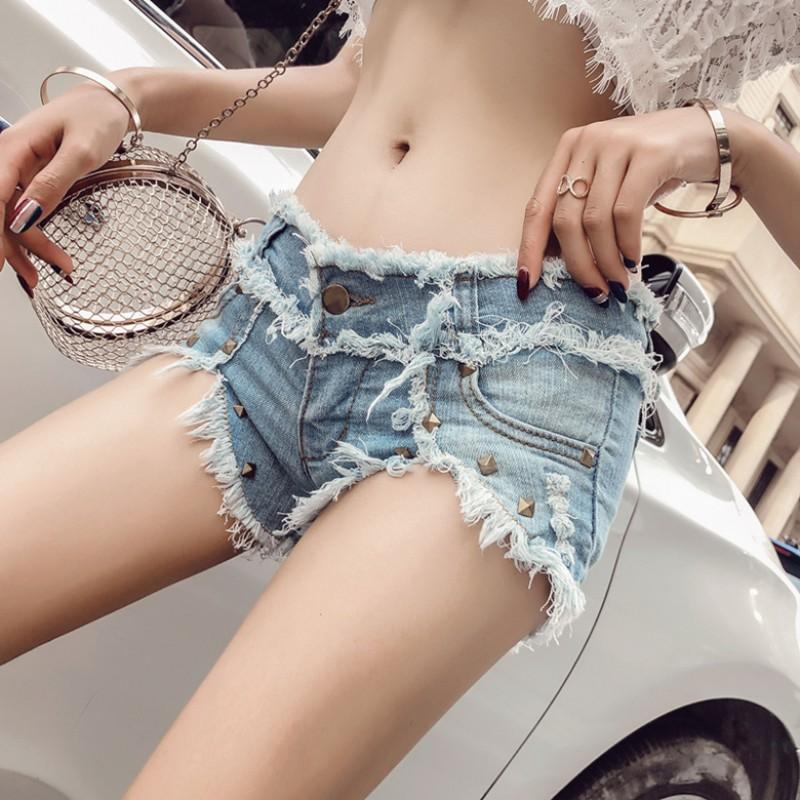 2019 européen BF été vent femme bleu taille basse Rivet Tassel denim shorts femmes trou de bavure jeans shorts sexy Hot