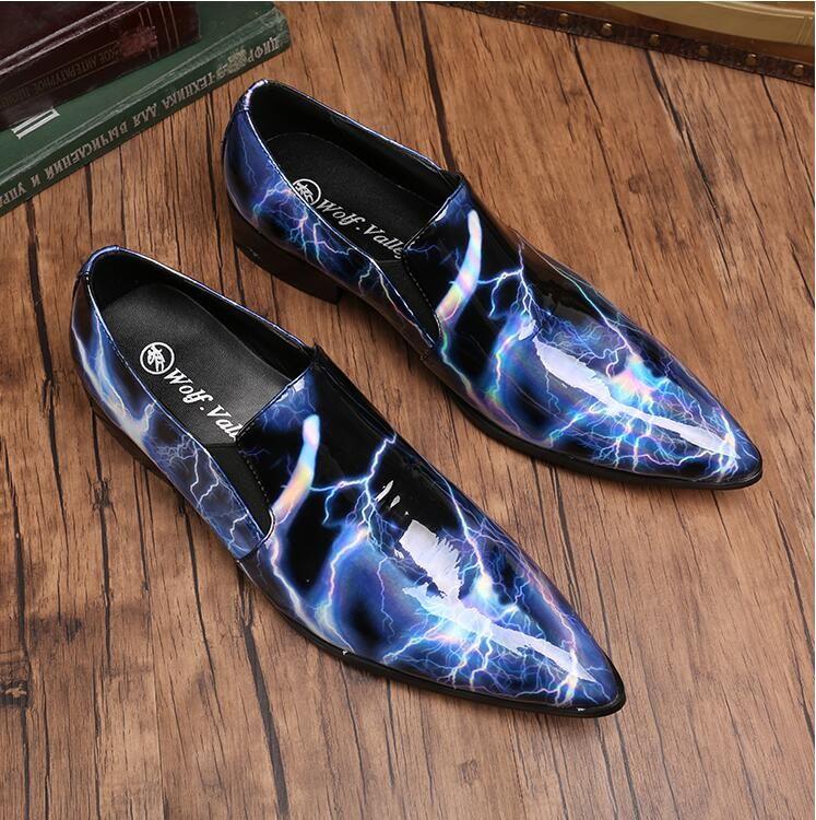Modo di marca Oxfords convenzionale degli uomini Abito da sposa Scarpe Uomo Nero Appartamenti Brogue di feste Casual Shoes H339