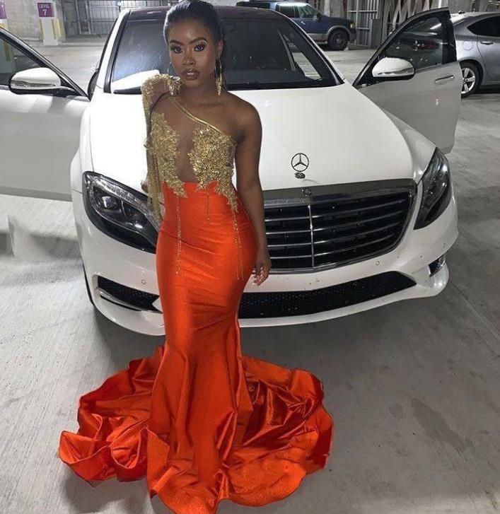 Orange sirena vestidos de baile 2020 de un hombro barrer de tren de la ilusión de la blusa de la borla de la Apliques partido formal de los vestidos de noche trajes de soirée